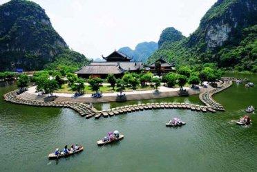 Tổ chức cho Công ty đi du lịch Biển Hải Tiến – Khách sạn Ánh Phương – KDL Tràng An 2 ngày 1 đêm